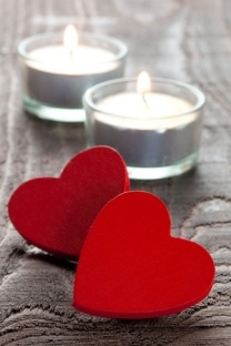 candles-and-hearts